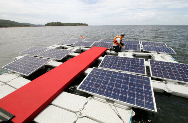 floating-solar-panels-restore-doomed-lake-670
